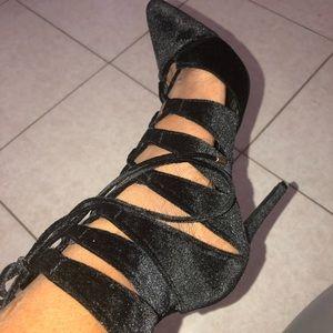 Liliana suede pointy toe pump